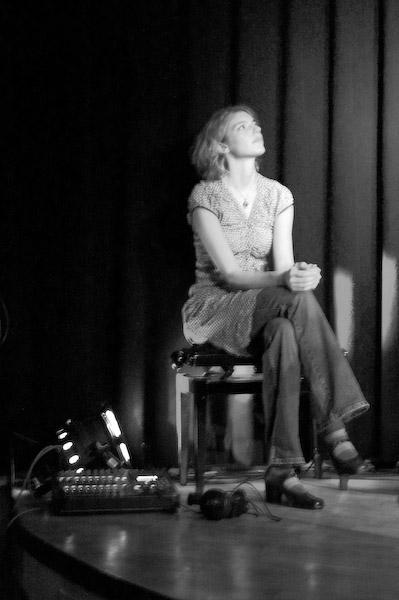5 Jahre lang wesentlich mehr als nur Stimme und Gesicht von Botany Bay: Laura Dietrich